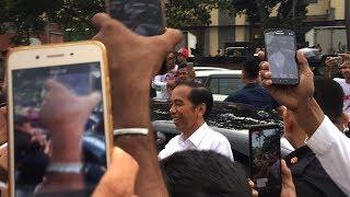 Video Kedatangan Presiden Jokowi ke Bali disambut oleh Relawan Jokowi di Patung Kuda, Tuban MP3, 3GP, MP4, WEBM, AVI, FLV Maret 2019