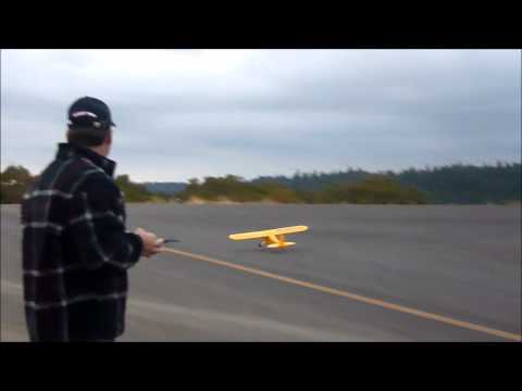 HOBBY KING 1400MM J-3 CUB MAIDEN FLIGHT AND REVIEW