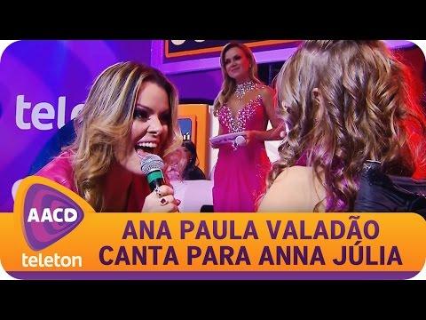 Ana Paula Valadao canta com Anna Julia, menina simbolo do Teleton 2014