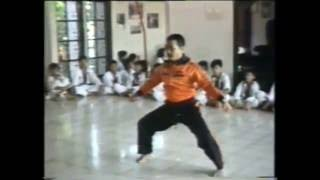 Video The original martial arts of Indonesia (tarung derajat) MP3, 3GP, MP4, WEBM, AVI, FLV Januari 2018