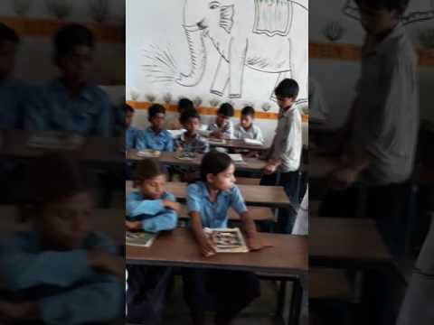 बिहार के मुजफ्फरपुर जिला अंतर्गत मीनापुर प्रखंड मैं सरकारी स्कूल का हाल है आप इस वीडियो को जरुर देखे - DomaVideo.Ru