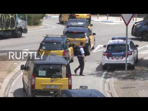 Uber Comeback & die Reaktion der Taxis in Barcelona