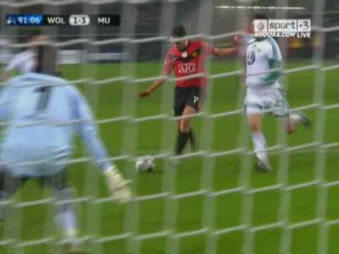 Hat-Trick de Owen ante el Wolfsburg