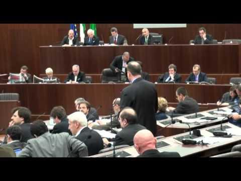 Le dimissioni di Renzo Bossi dalla Regione