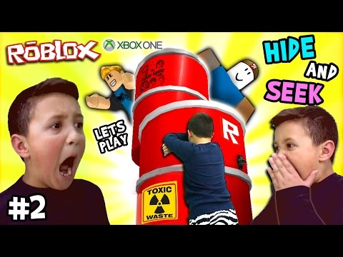 Let's Play ROBLOX #2: Hide and Seek Extreme w/ Mike (FGTEEV Xbox One Gameplay / Skit) (видео)