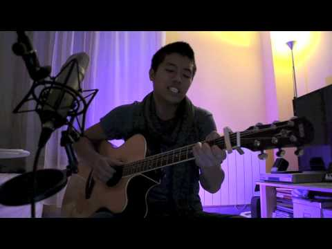 huu - This song is CRAAAAZY!! =) Bruno Mars is magic! true! http://facebook.com/Huufficial http://twitter.com/Huulunazian Thank you for all your support :)