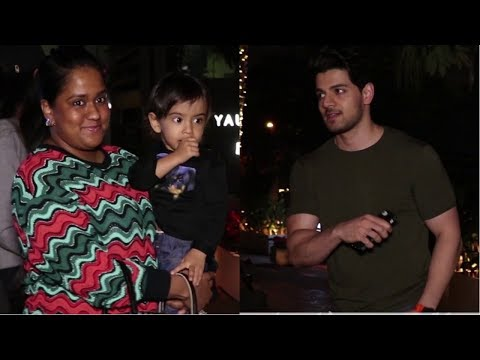 Suraj Pancholi And Arpita Khan  Spotted At Yauatcha Mumbai