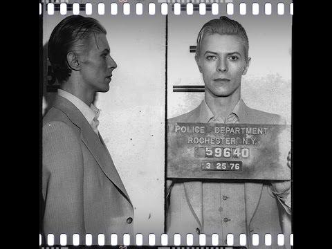 Tekst piosenki David Bowie - The Informer po polsku