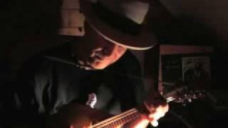 blues mandolin - Dark Night Blues - Blind Willie McTell
