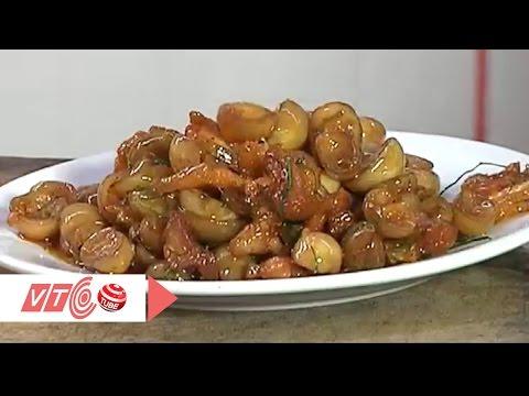 Quán Ốc Minh Hương Quận 11: Cà muối xào ba chỉ: Món đưa cơm ngày nóng