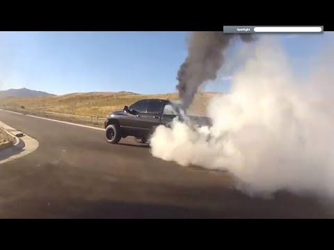 6.7 Cummins Burnout MUST WATCH!!