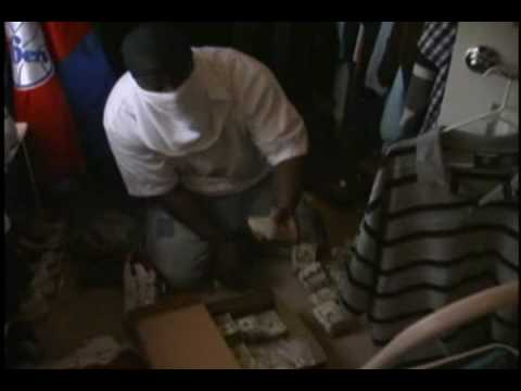 17 Year Old Counts $100000 Cash in Shoe Box – Now That's Kicks!