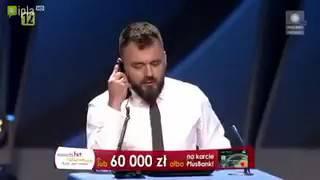 """Kabarety. Za PiS jest znów jak za komuny, znów władza to """"beka"""" i obciach. Zajezdnia BOR"""