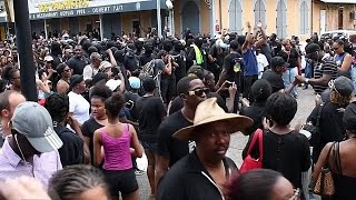 French President Francois Hollande has written to MPs in French Guiana to find a solution after weeks of protest by the 500 brothers collective movement. Fre...