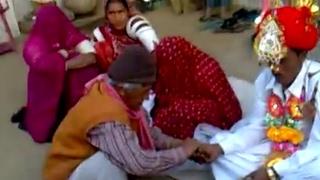 Video Marwadi vivah video, ताबड-तोड़ मारवाडी देशी विवाह, ऊलालमु नारेल विवाह, Rajasthani desi video,DJ song MP3, 3GP, MP4, WEBM, AVI, FLV September 2019