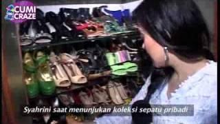 Video Syahrini Dan Koleksi Sepatunya - cumicumi.com MP3, 3GP, MP4, WEBM, AVI, FLV Maret 2019