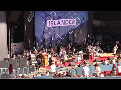 Islander, Yelawolf, Babymetal & Stone Sour Live The Serenity Of Summer Tour 2017 Mountain View, Ca