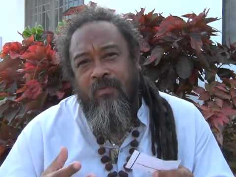 Mooji Answer: What To Do When the Mind Has Taken Over