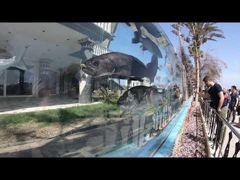 Cesme / Türkei: Villa mit Mauer aus Aquarien