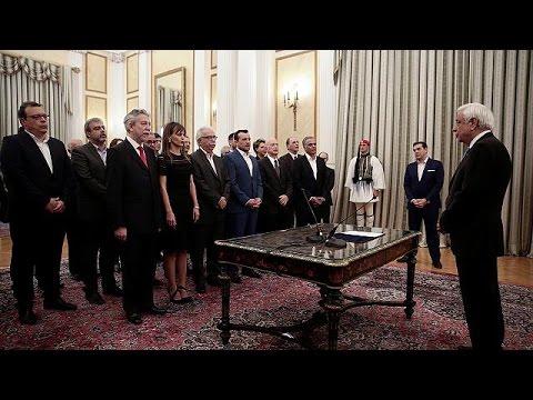 Ελλάδα: Ορκίστηκαν τα νέα μέλη της κυβέρνησης – world