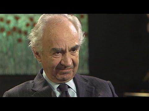 Ο πρώην επικεφαλής της Τράπεζας του Βατικανού στο euronews