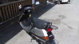 5. 2007 Honda Scooter Elite 80CC Automatic, Only 300 Miles, Like New