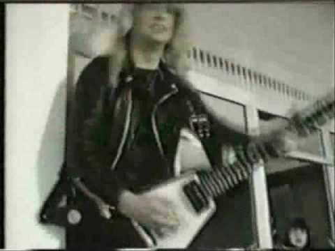 Judas Priest - Breaking The Law (Crazy Youth)