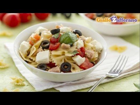 Mediterranean Diet: How to Make a Mediterranean Tuna Pasta Salad
