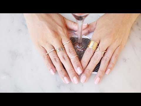 How To Wear Stacking Rings | LookMazing