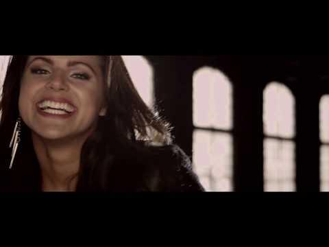 """Confira """"Esta canción"""", o novo clipe de Isabella Castillo"""