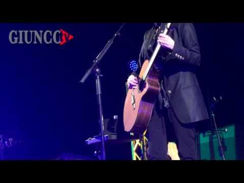 Suzanne Vega in concerto: protagonista al Teatro delle Rocce