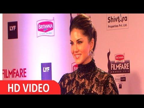 Sunny Leone At Filmfare Awards 2016