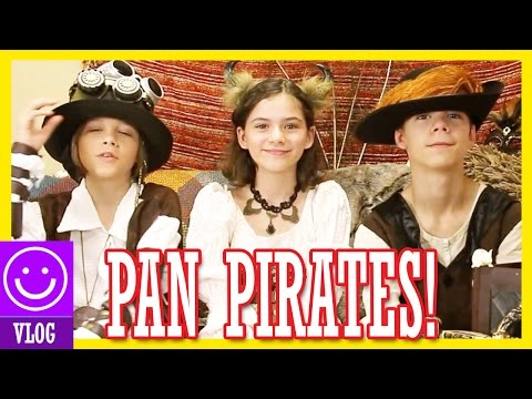 PAN PIRATES!! COSTUME CHALLENGE & UNBOXING!  |  KITTIESMAMA