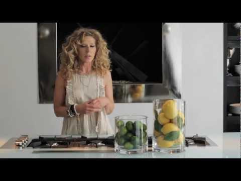 Limon, elma ve vazo ile mutfağınızı eğlenceli ve canlı hale getirebilirsiniz.