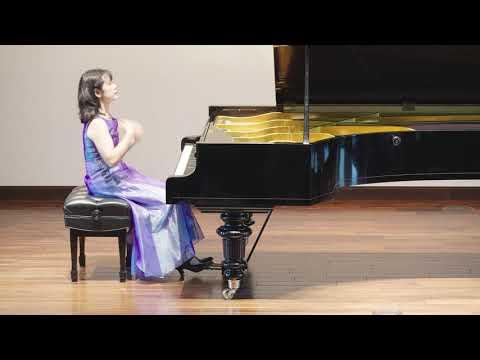 Yoshiko Iwai plays Robert Schumann: Phantasie C-Dur Op.17