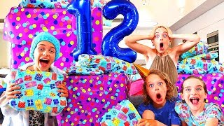 Video SOCKIE NEVER EXPECTED THIS PRESENT... | Sockie Norris 12th Birthday Party MP3, 3GP, MP4, WEBM, AVI, FLV Maret 2019