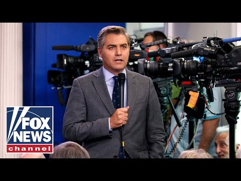 Trump supporter apologizes to Jim Acosta for heated moment