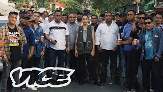 Video Inside Indonesia's Notorious Debt Collecting Industry: The Debtfathers MP3, 3GP, MP4, WEBM, AVI, FLV Oktober 2018