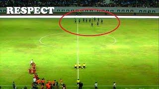 Video Respect Dari Suporter Indonesia untuk Timnas Thailand MP3, 3GP, MP4, WEBM, AVI, FLV Februari 2018