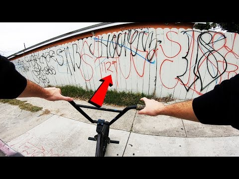 RIDING BMX IN LA COMPTON GANG ZONES 9 (CRIPS & BLOODS)