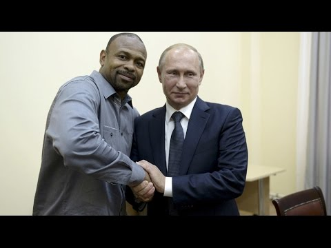 Vladimir Putin gives Boxer Roy Jones Jr. Russian citizenship