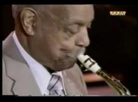 Count Basie Orchestra with Benny Carter – Vine Street Rumble (Live,1997)