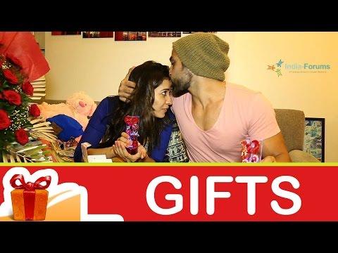 Asha Negi and Rithvik Dhanjani's gift segment! - P