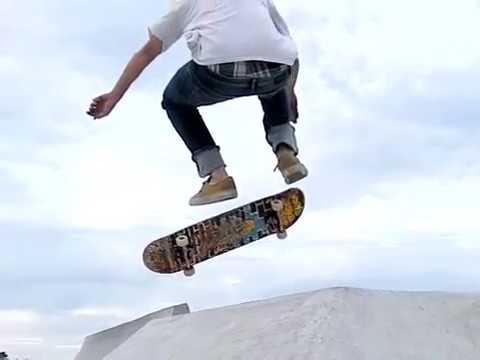 Slow motion skateboarding 5: Riley skatepark montage