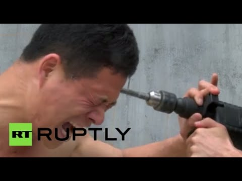 Crazy Video: Nothing can break this Shaolin kungfu master - Watch online