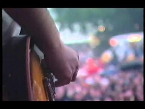 Shed Seven, Getting Better, live at V Festival.MPG