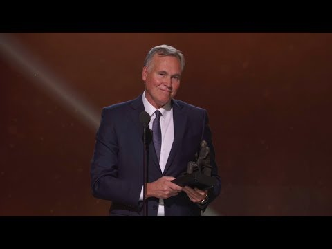 NBA Coach of the Year Mike D'Antoni Full Speech | NBA Awards Show 2017 (видео)