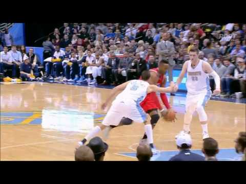 Dwight Howard blows past Jusuf Nurkic for a nasty slam