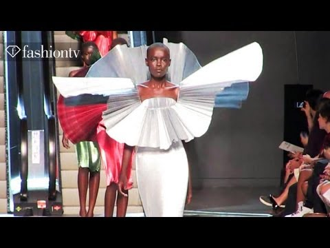 Paco Rabanne Runway Show - Paris Fashion Week Spring 2012 PFW | FashionTV - FTV