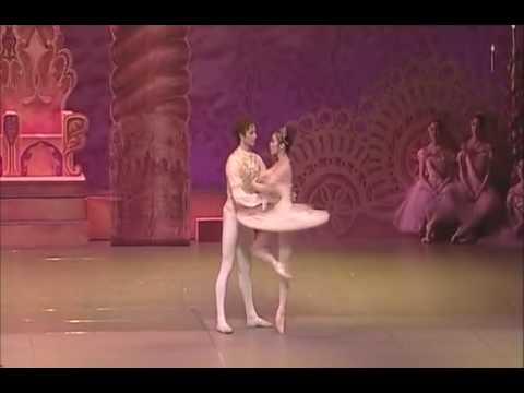 貞松・浜田バレエ団「くるみ割り人形」お伽の国ヴァージョン